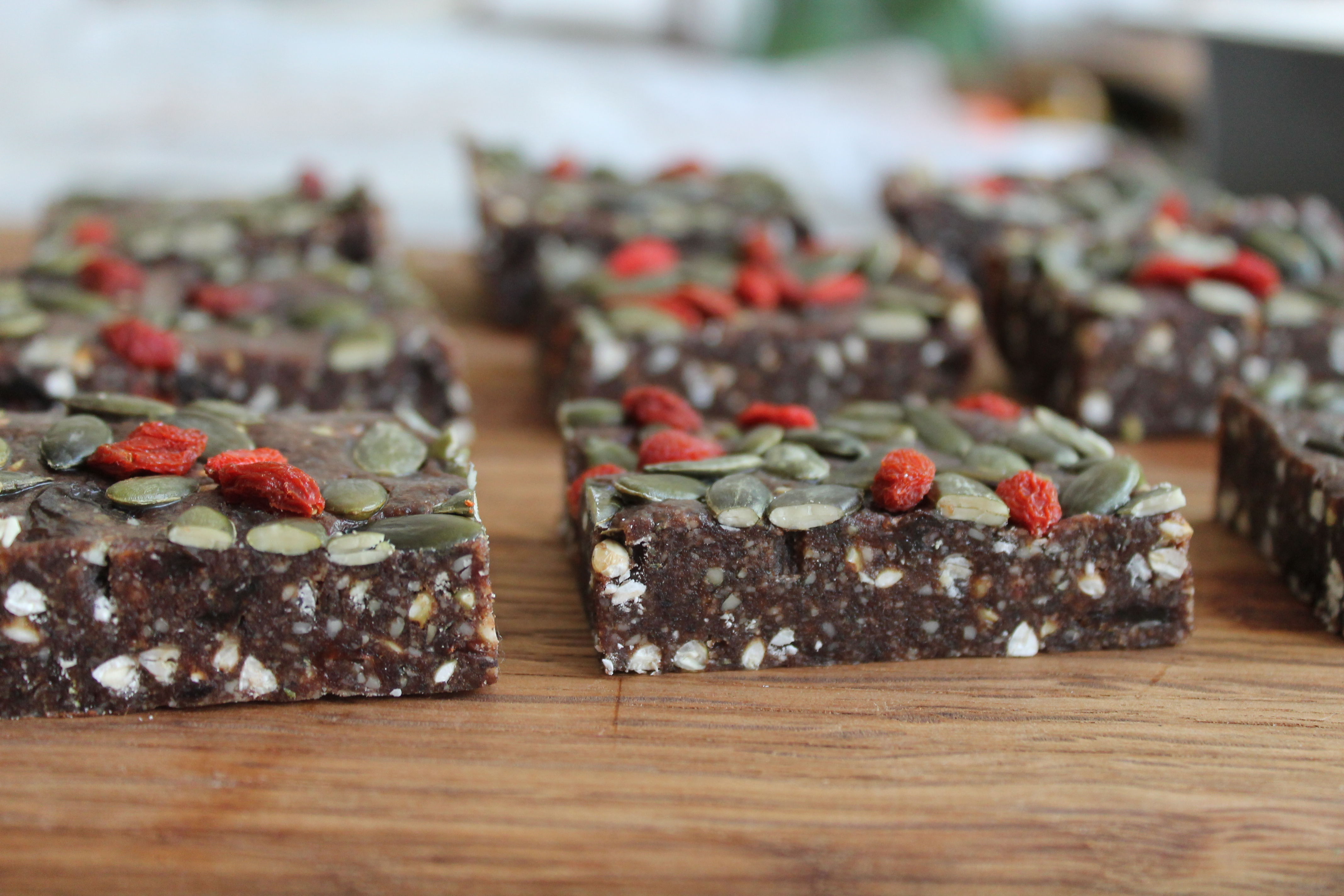 Raw Crunchy Raisins and Chocolate slices