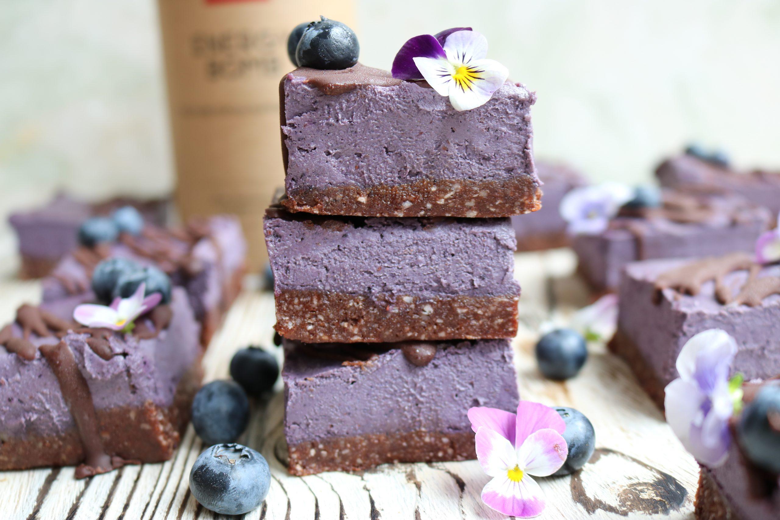 Chocolate & Blueberry Cheesecake Bites