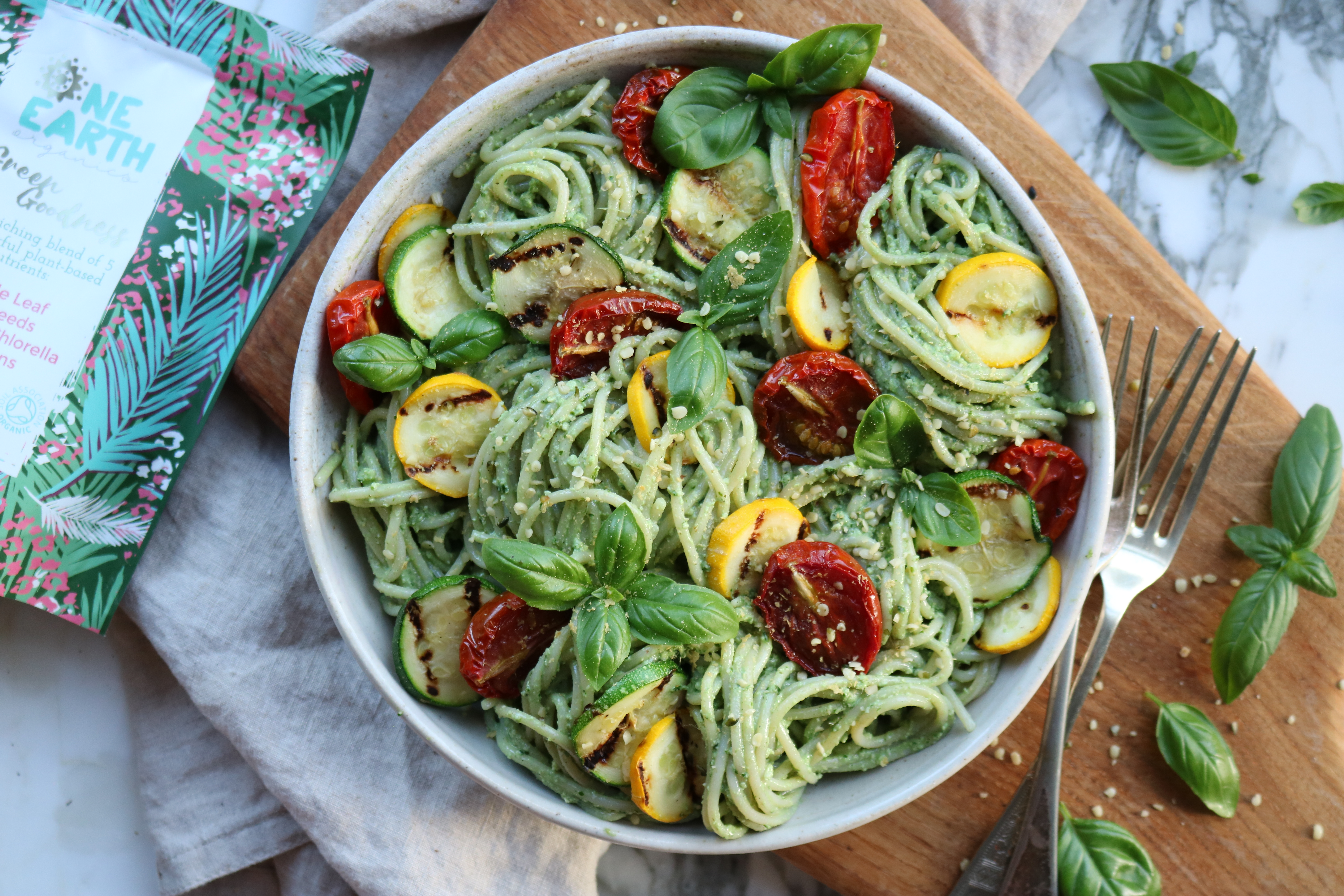Green Goddess Macadamia Pesto Pasta