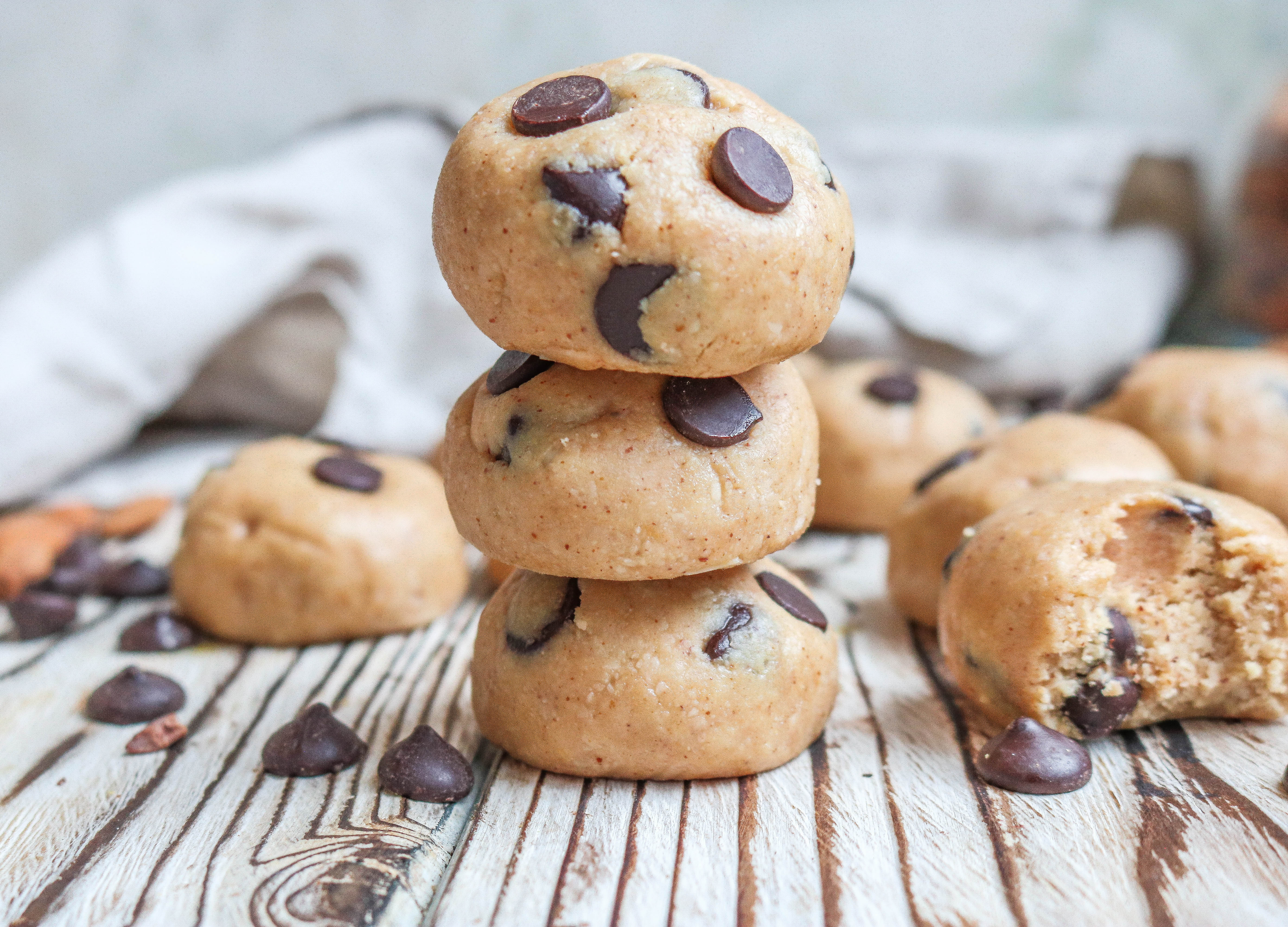 Cookie Dough Chocolate Chips Bites