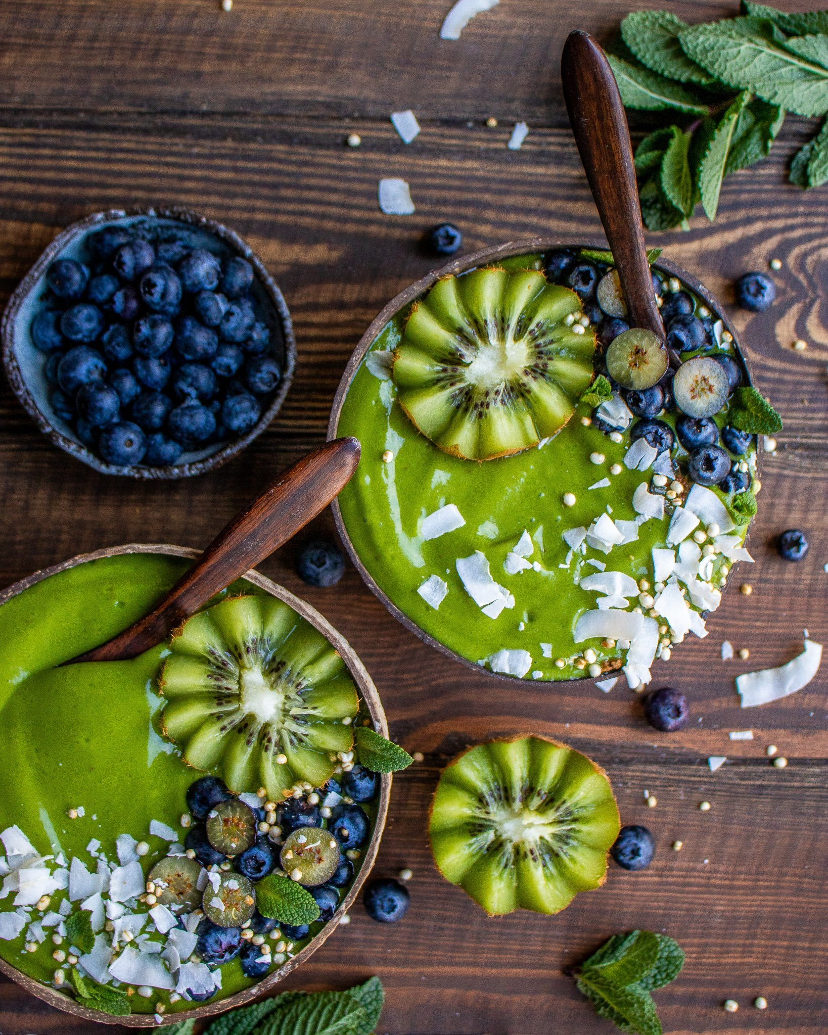 Green Beauty & Green Goddess Smoothie Bowl