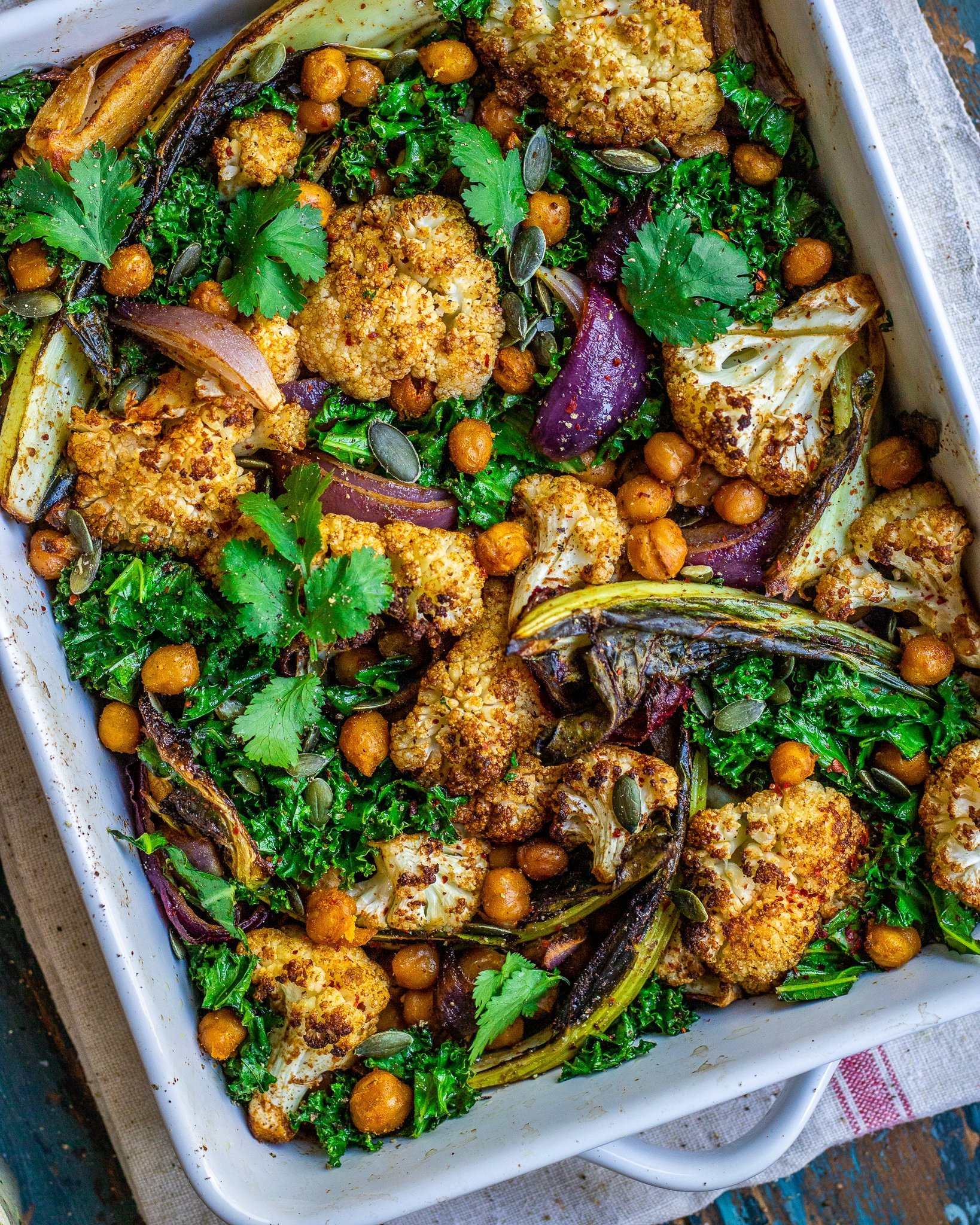 Roasted Cauliflower & Chickpea Tray Bake